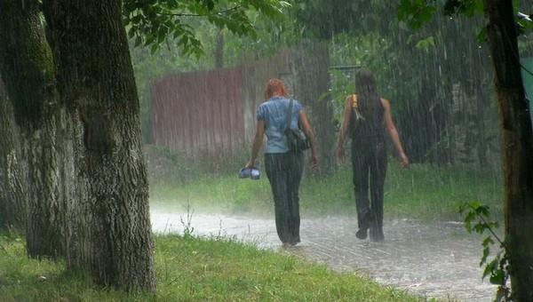 Дожди и грозы в Подмосковье отменили?