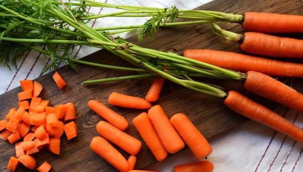 Морковь и доски превратились в новое золото России