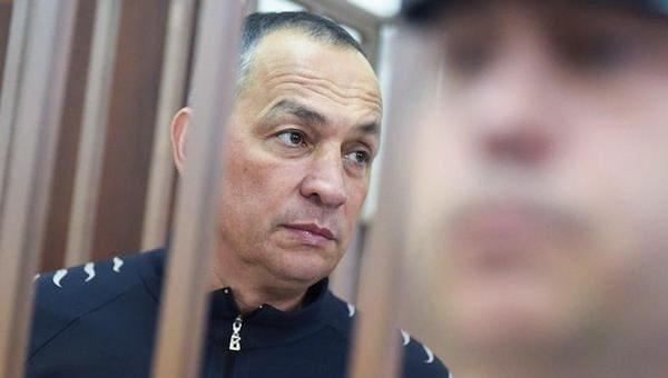 Шестуна обвинили в угрозе расправиться с судьей при помощи... ножа