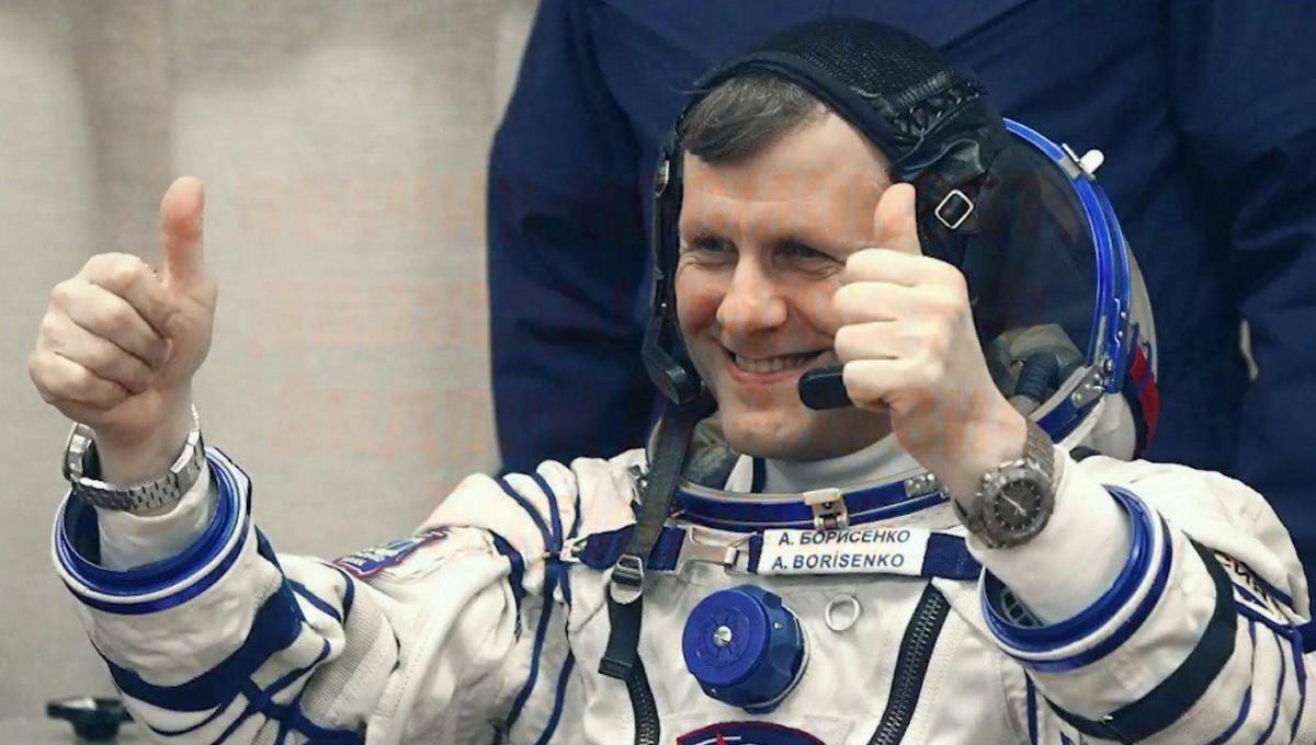 Российским космонавтам резко увеличили зарплаты