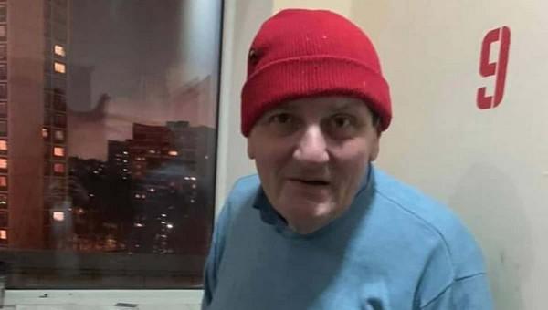 Журналист живет в подъезде московской высотки