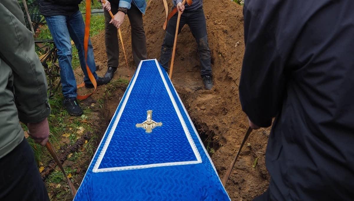 Семья из Подмосковья, похоронившая дедушку, узнала, что он жив
