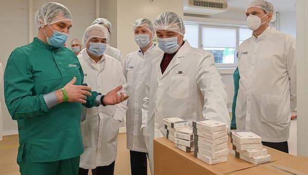 Губернатор Подмосковья посетил фармзавод в Оболенске