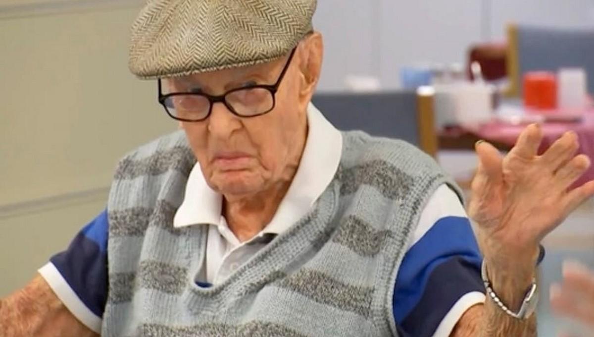 Мужчина рассказал, какие два продукта помогли ему дожить уже до 111 лет