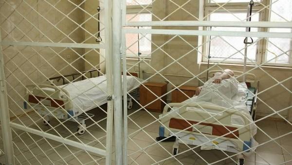Голодающего Александра Шестуна избили в тюремной больнице