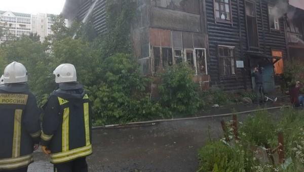 В Подмосковье при пожаре погибли женщина и ребенок