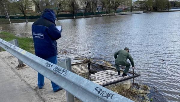 Тело школьницы с веревкой на талии нашли в Подмосковье