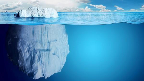 Величайший в истории айсберг откололся от Антарктиды и отправился в плавание