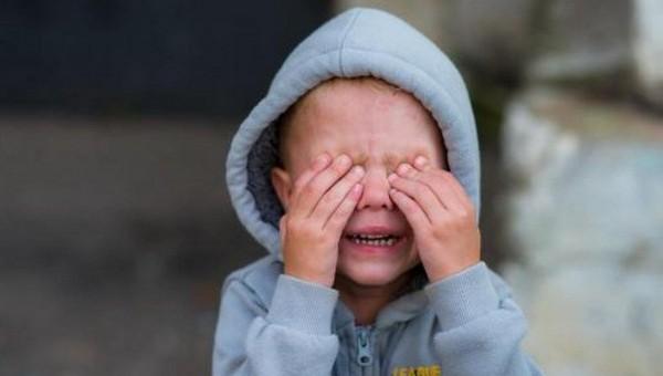 В детском саду на глазах воспитателей восемь минут били ребенка