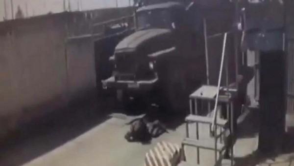 В Подмосковье солдата-срочника в воинской части раздавил грузовик