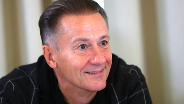 Актера Олега Меньшикова теперь можно увидеть в метро в определенное время