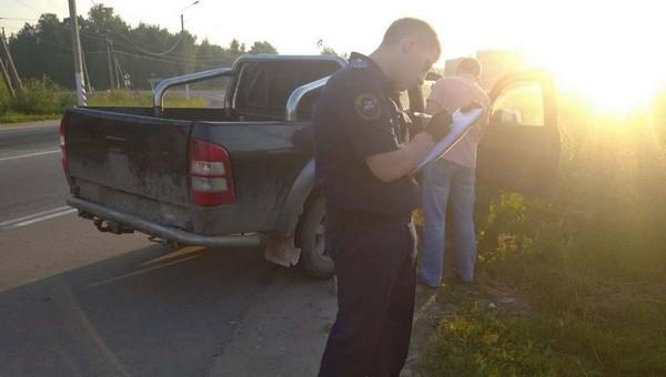 На трассе под Тулой при проверке авто обнаружены трупы молодых мужчин