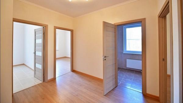 В Подмосковье представили еще одну квартиру, которую разыграют среди привитых
