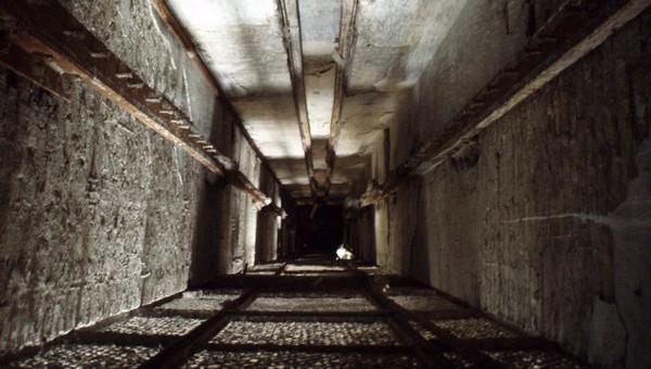 Девочка провалилась в вентиляционную шахту в Подмосковье