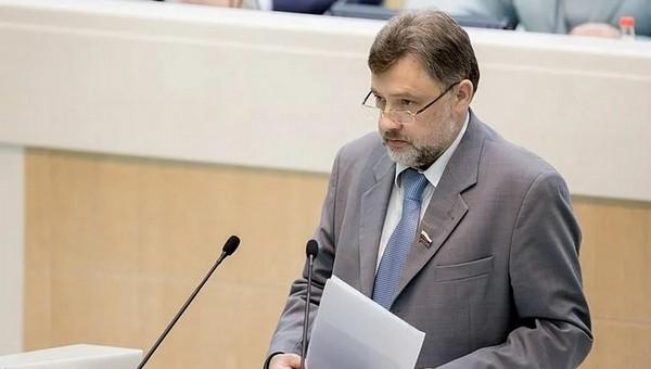 Еще один депутат, голосовавший за повышение возраста пенсии, не дожил до нее