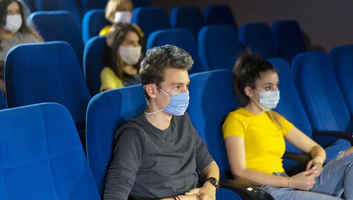 Подмосковные кинозалы и театры разрешили заполнять на три четверти
