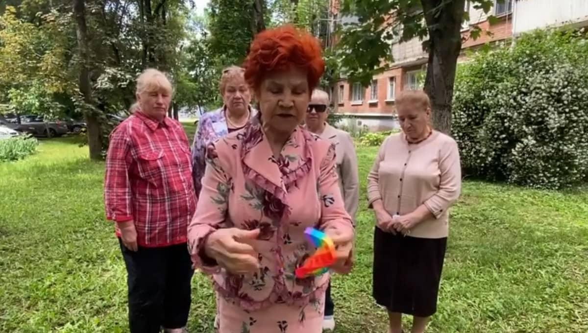 Бабушки ополчились на популярную детскую игрушку