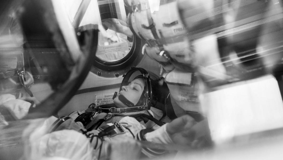 Сегодня в космос отправится первый в мире киноэкипаж