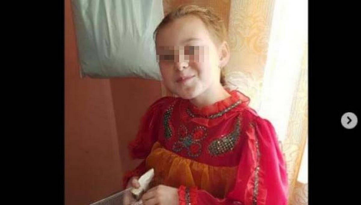 12-летняя школьница умерла после беседы с завучем школы