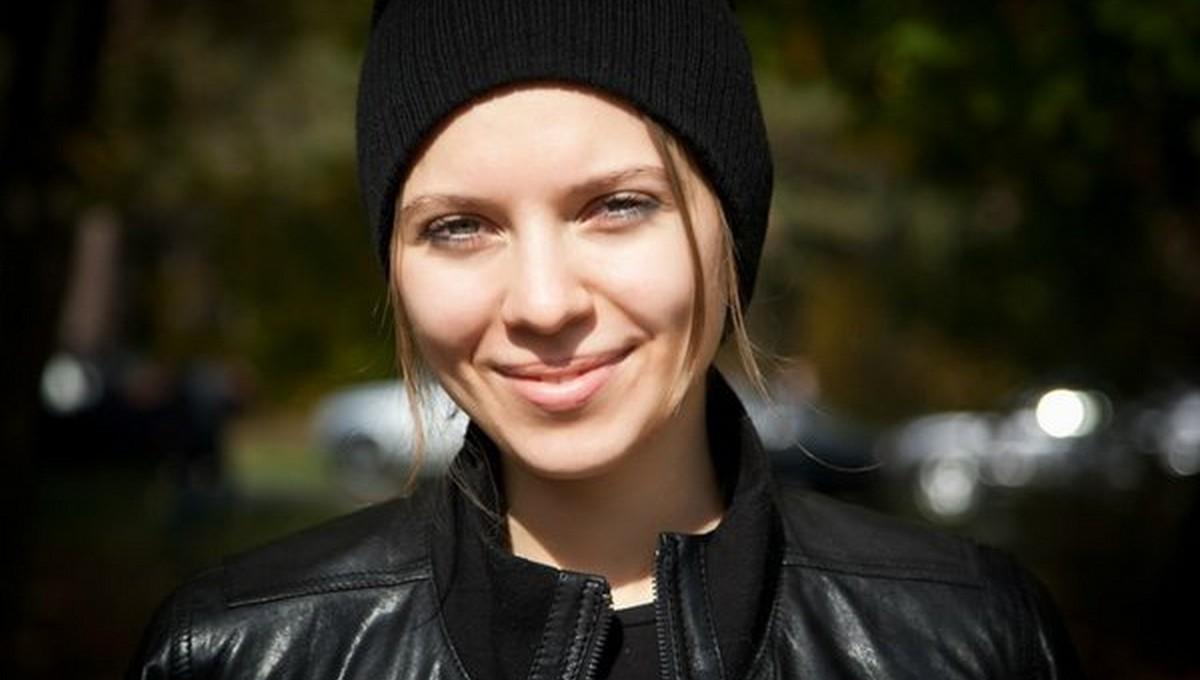 Первая девушка в России устроилась водителем пожарной машины