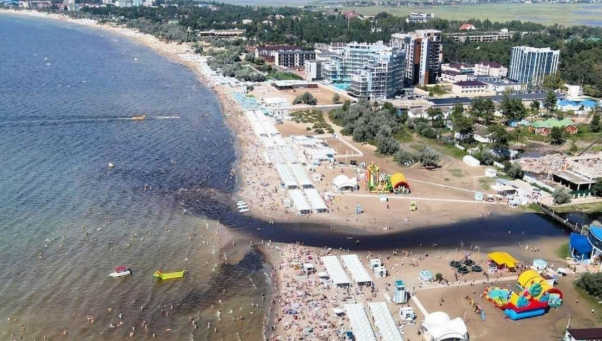 Когда вода на черноморских курортах перестанет быть опасной?