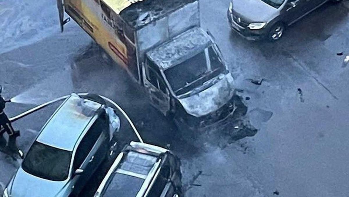 В Голубом машины горели синим пламенем
