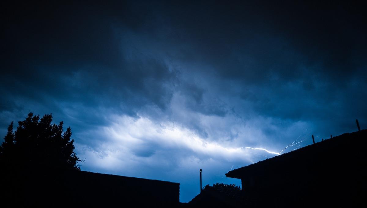Ночью в столичном регионе ожидаются атмосферные фейерверки