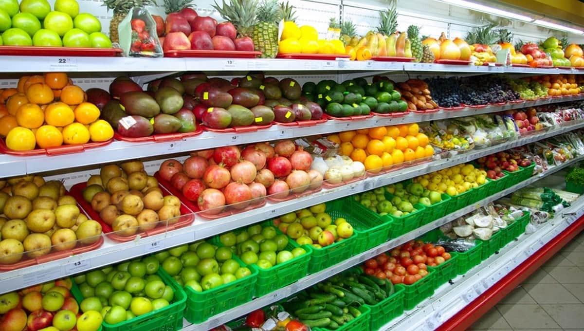 Гниль и вирус нашли в турецких помидорах и фруктах
