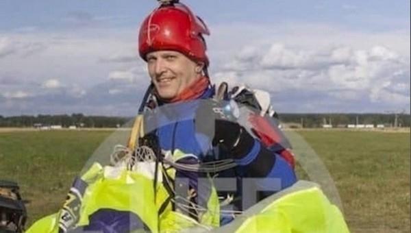Парашютист погиб, столкнувшись с другим в небе над Подмосковьем