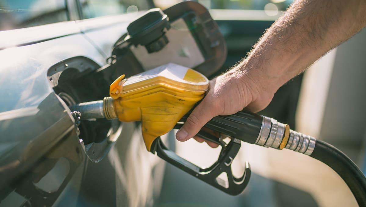 Цены на бензин АИ-92 достигли исторического максимума