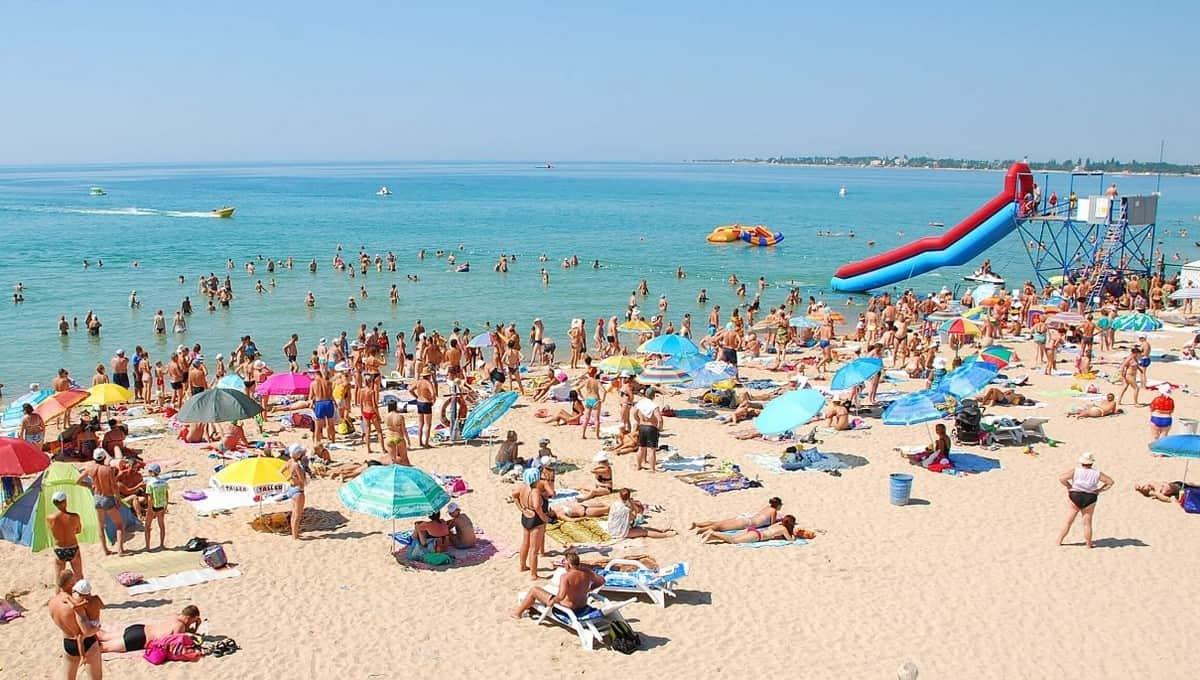 Отдых на ряде популярных российских курортов существенно подорожает уже этим летом
