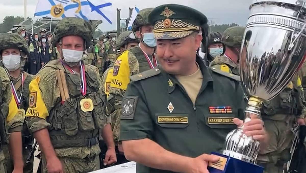 Генерал арестован по подозрению во взятке и эксплуатации солдат на подмосковной даче