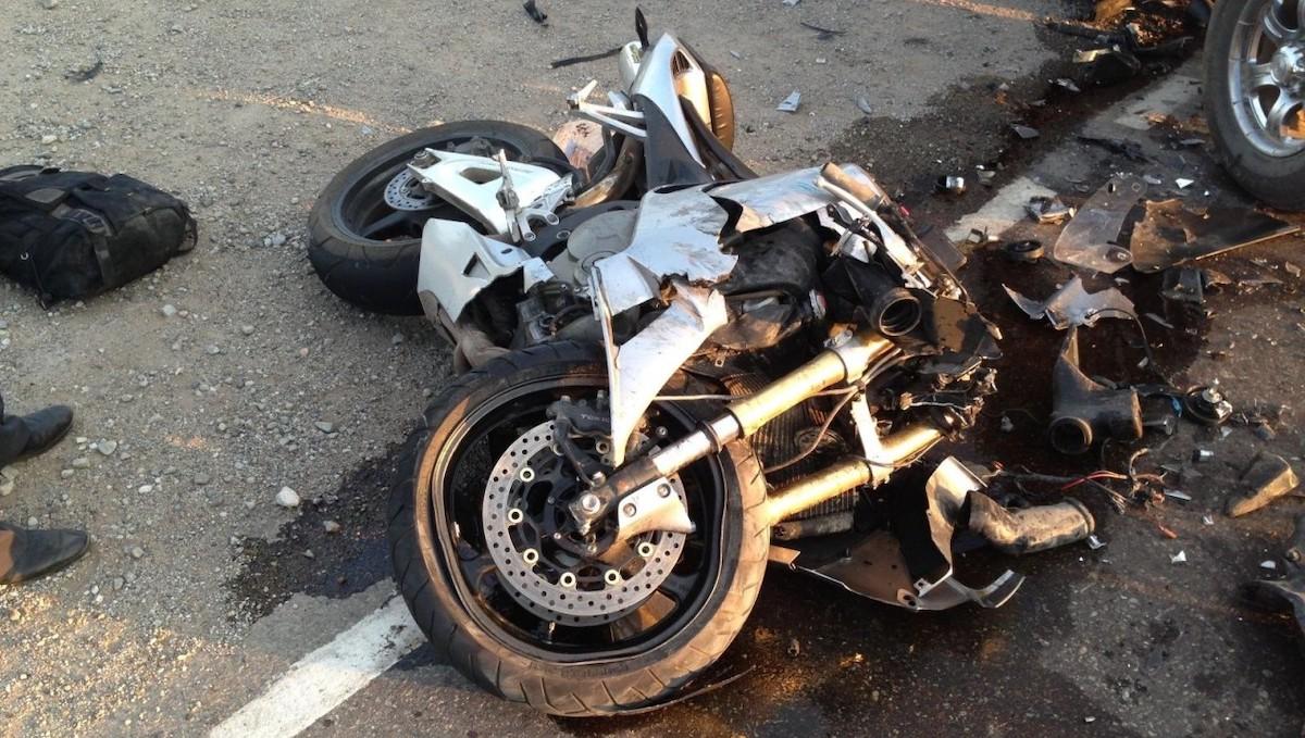 На трассе под Серпуховом в ДТП попал молодой мотоциклист