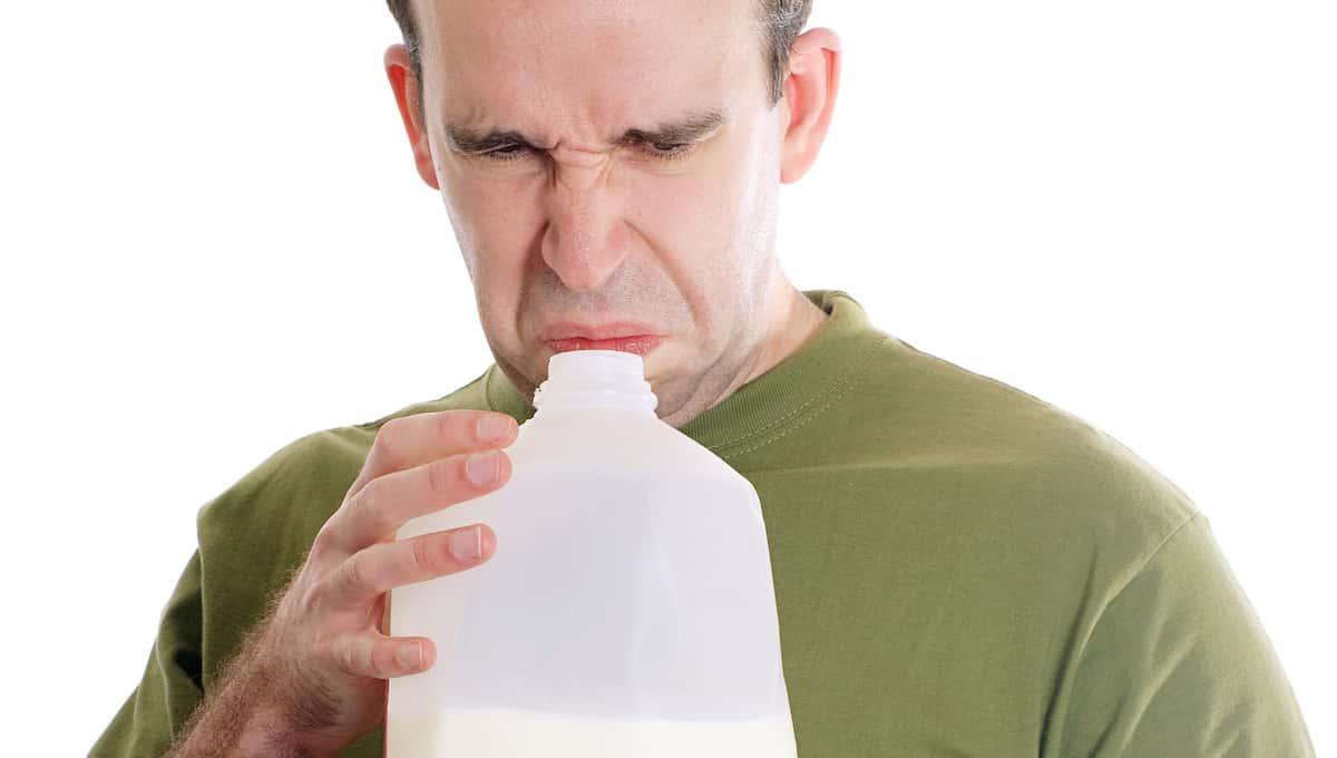 По Подмосковью расходится опасная молочная продукция