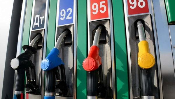 Видимость дешевизны бензина в России стали создавать уловками