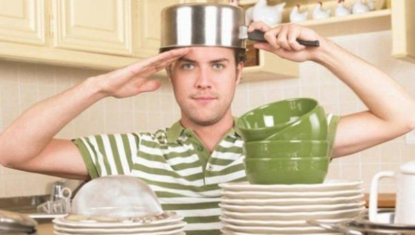 Россияне рассказали о распределении домашних обязанностей