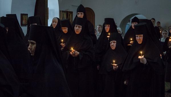 Известная российская актриса приняла монашеский постриг