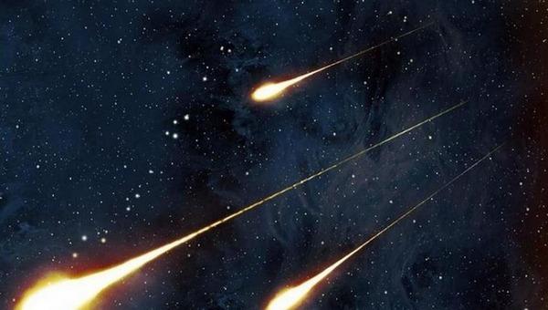 Ночью с неба будут падать метеоры