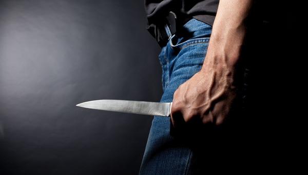 Мужчина, угрожавший убить жену, умер через несколько часов