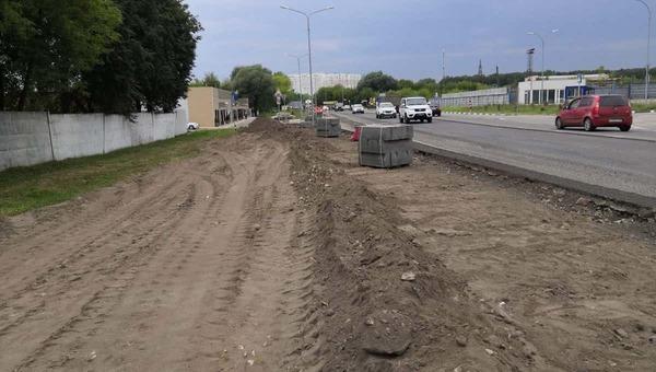 На окраине Серпухова строят тротуар из прошлого