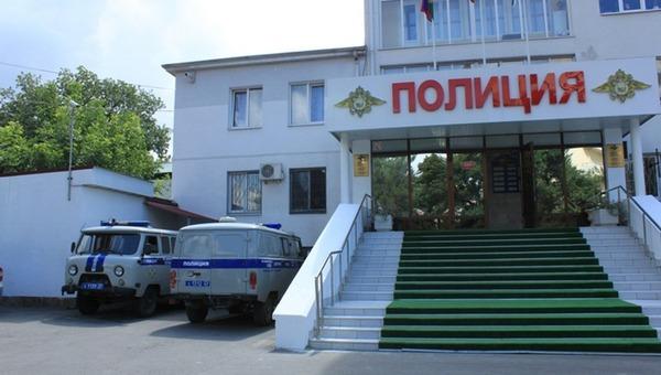 На популярном российском курорте начались массовые аресты правоохранителей