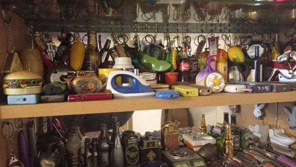 Гамбургер, утюг, граната и стручок гороха — необычная коллекция выставлена на продажу
