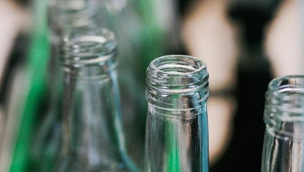 В России зафиксировано еще одно массовое отравление алкоголем