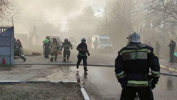 Пятничным вечером в подмосковном сварочном цехе вспыхнул пожар