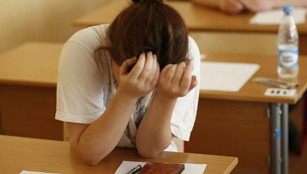 Во время проведения экзамена в России скончалась школьница