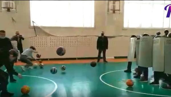 В одной из российских школ прошло «мероприятие в рамках профориентационной работы»