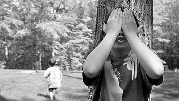 Трое детей погибли во время игры в прятки в двух регионах России