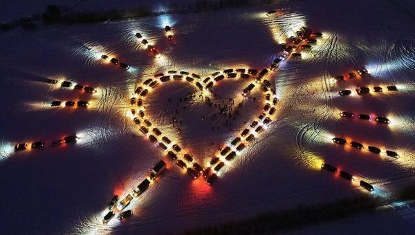 Три четверти россиян взаимно влюблены