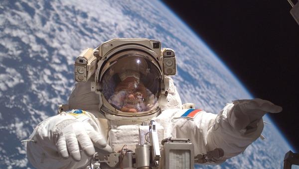 Мужчина попал под суд из-за призывов убивать… космонавтов