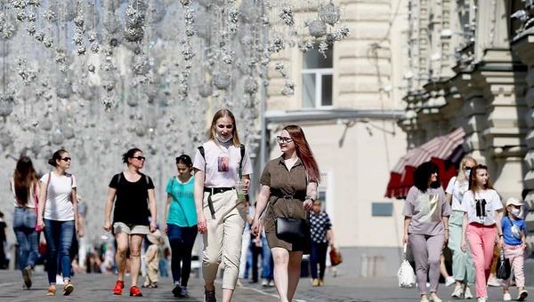 В Москве продолжают отменять ограничения